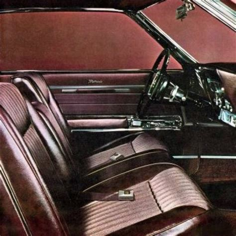Poll: Which Classic Luxury Car Has the Best Interior