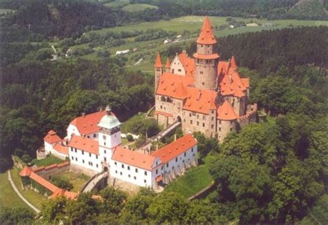 Famous Castles of Knight Orders | Templar Archive of Light